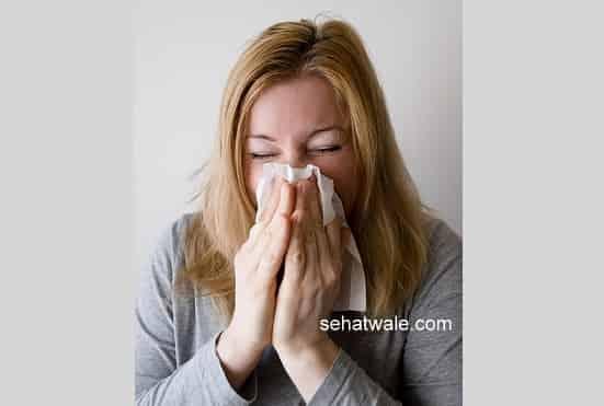 सर्दी खांसी और गले में खराश के आयुर्वेदिक 14 घरेलू उपाय